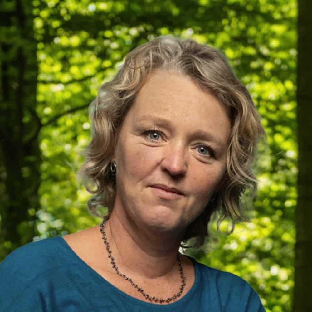Naomi Barnouw